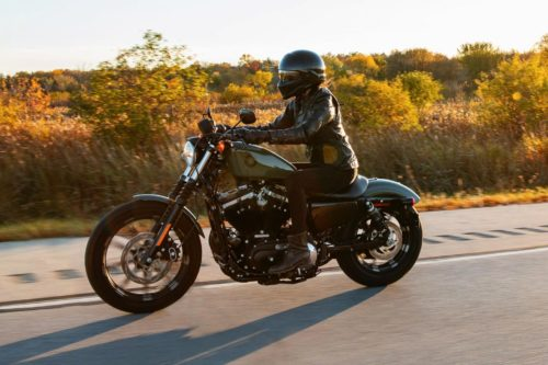 2021 Harley-Davidson Iron 883 Buyer's Guide (Specs, Prices, and Photos)