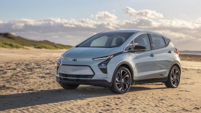 2022 Chevrolet Bolt EV pricing drops $5k for 259 mile electric hatchback