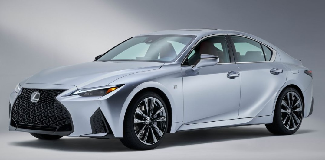 2022 Lexus IS 500 First Look