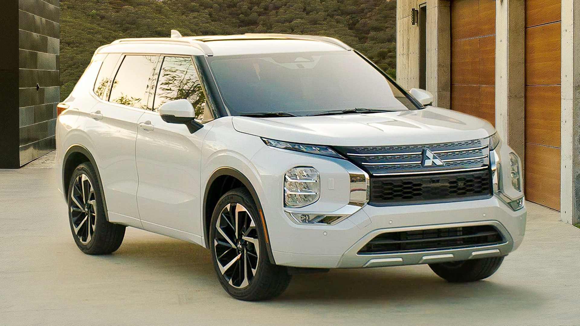 2022 Mitsubishi Outlander First Look