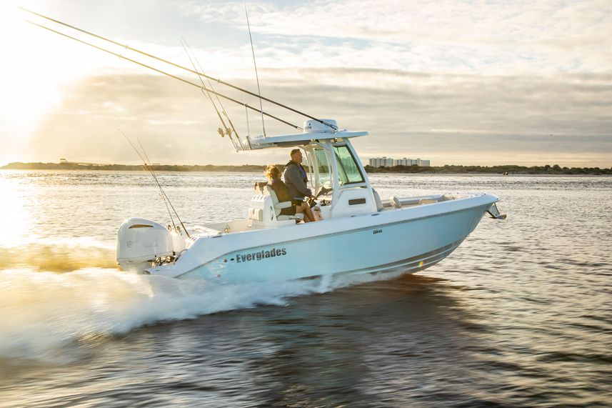 Everglades 235cc Boat Review
