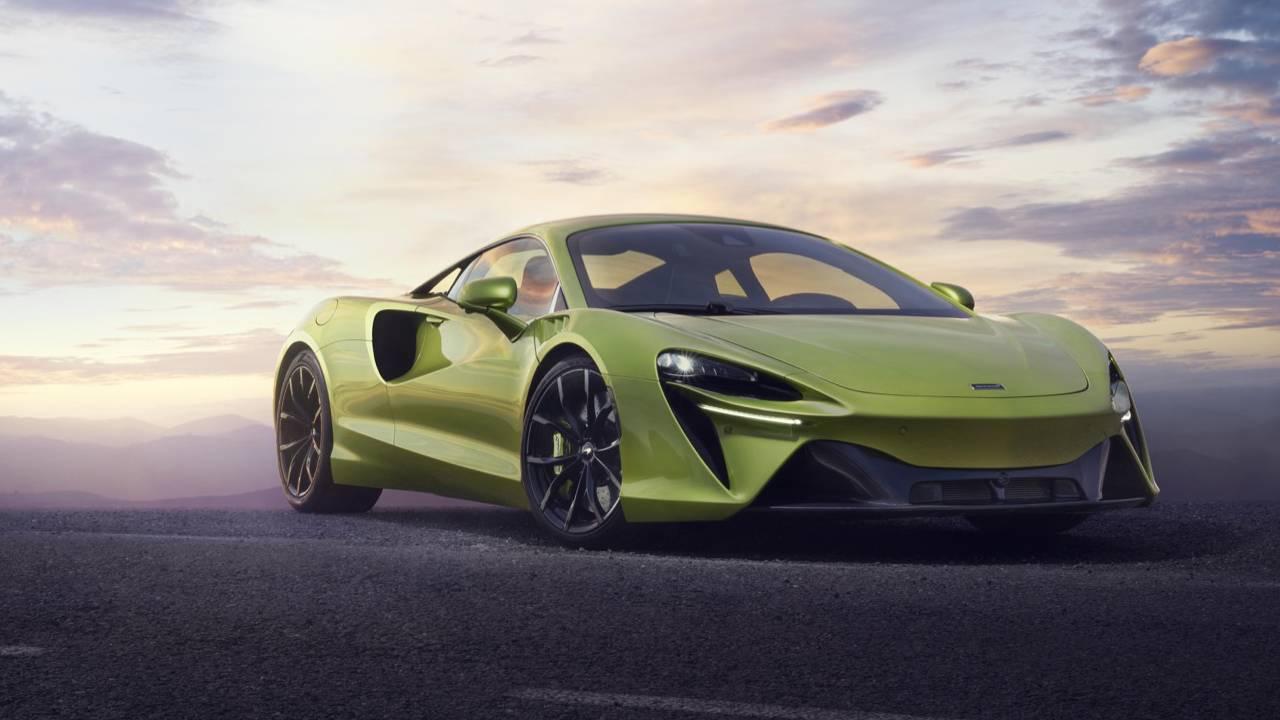The McLaren Artura is a 671hp hybrid supercar for a new era