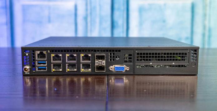 Supermicro E300-9D-4CN8TP Review