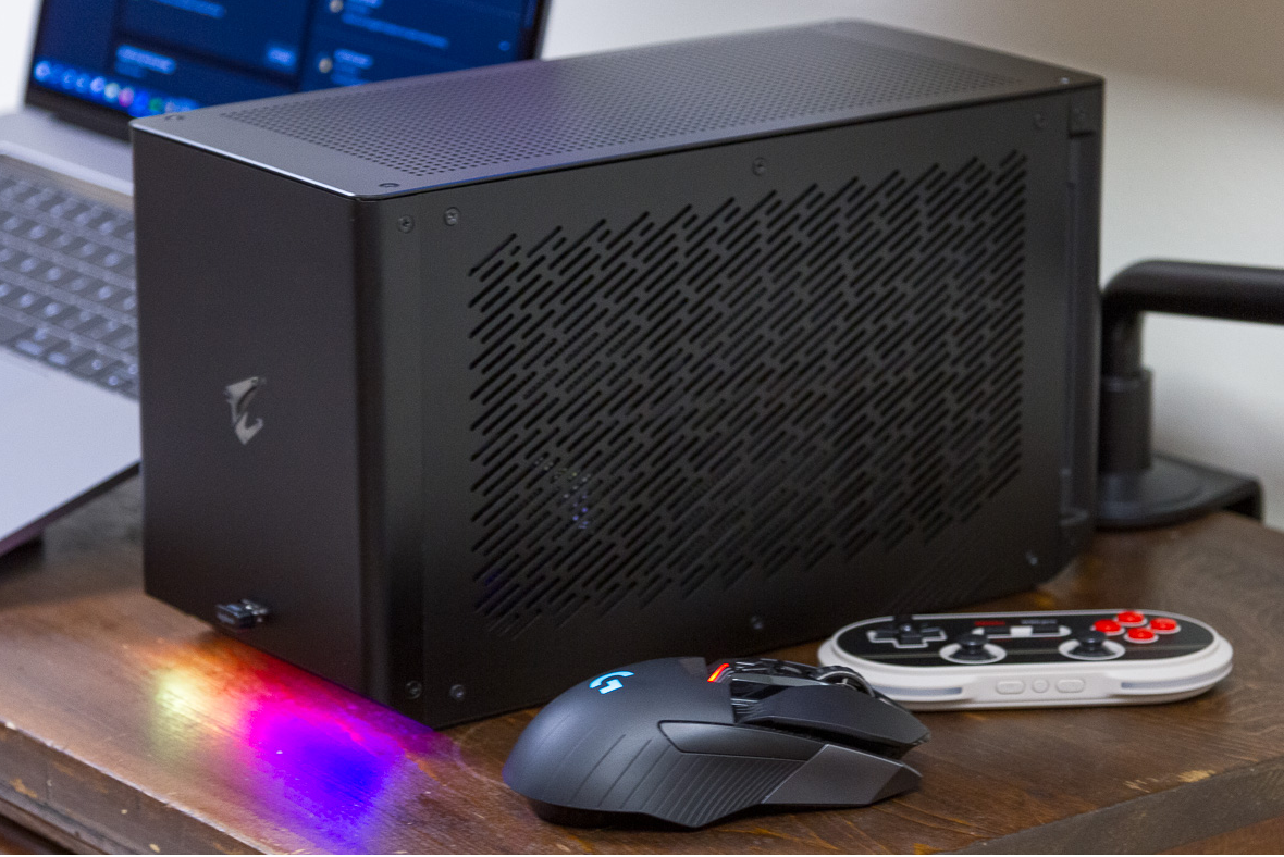 The Aorus Gaming Box GeForce RTX 2080 Ti Turned Our Tiny Intel NUC into a 4K Powerhouse