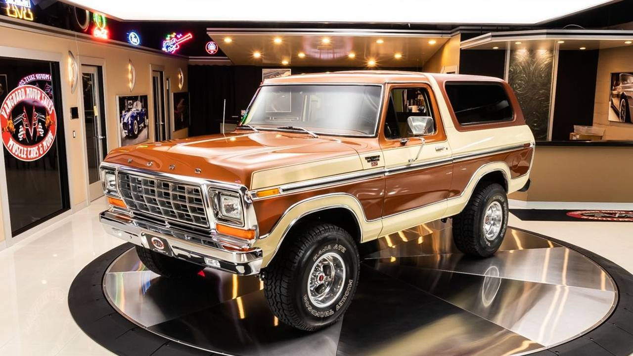 This 1979 Ford Bronco Ranger XLT 4×4 looks brand-new