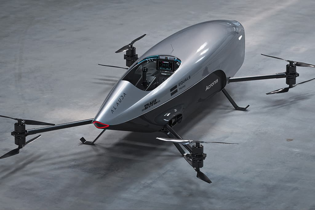 World's first electric flying race car revealed