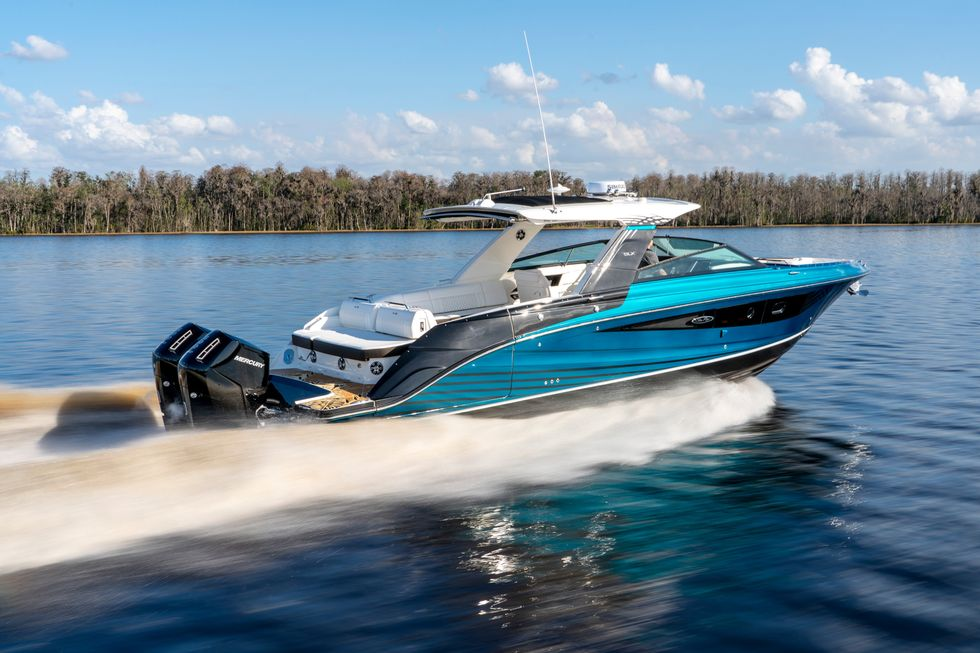Mercury Is Building a 600-Horsepower V-12 Outboard Motor