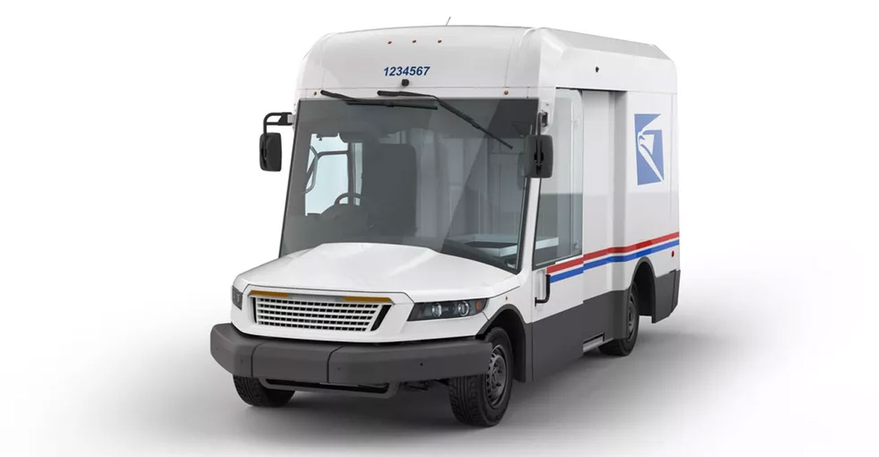 Oshkosh Defense wins USPS contract to modernize postal delivery vehicle fleet
