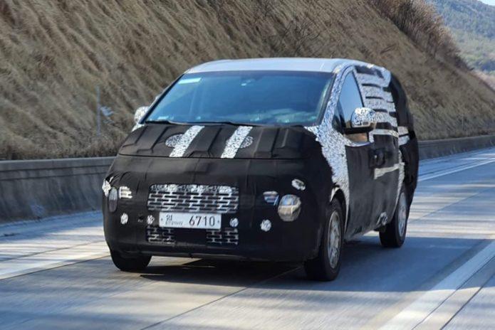 SPY PICS: New Hyundai iLoad and iMax nearly ready