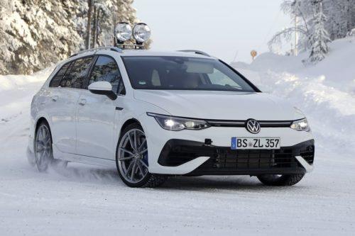 2021 VW Golf R Drag Races Its Luxury Hot Hatch Rivals