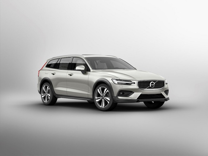 2021 Volvo V60 Cross Country review