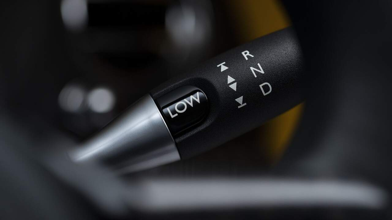 Rolls-Royce vehicles get new, sportier Low Mode drive setting