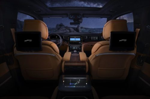 2022 Jeep Wagoneer/Grand Wagoneer Are Packed with Screens and Tech