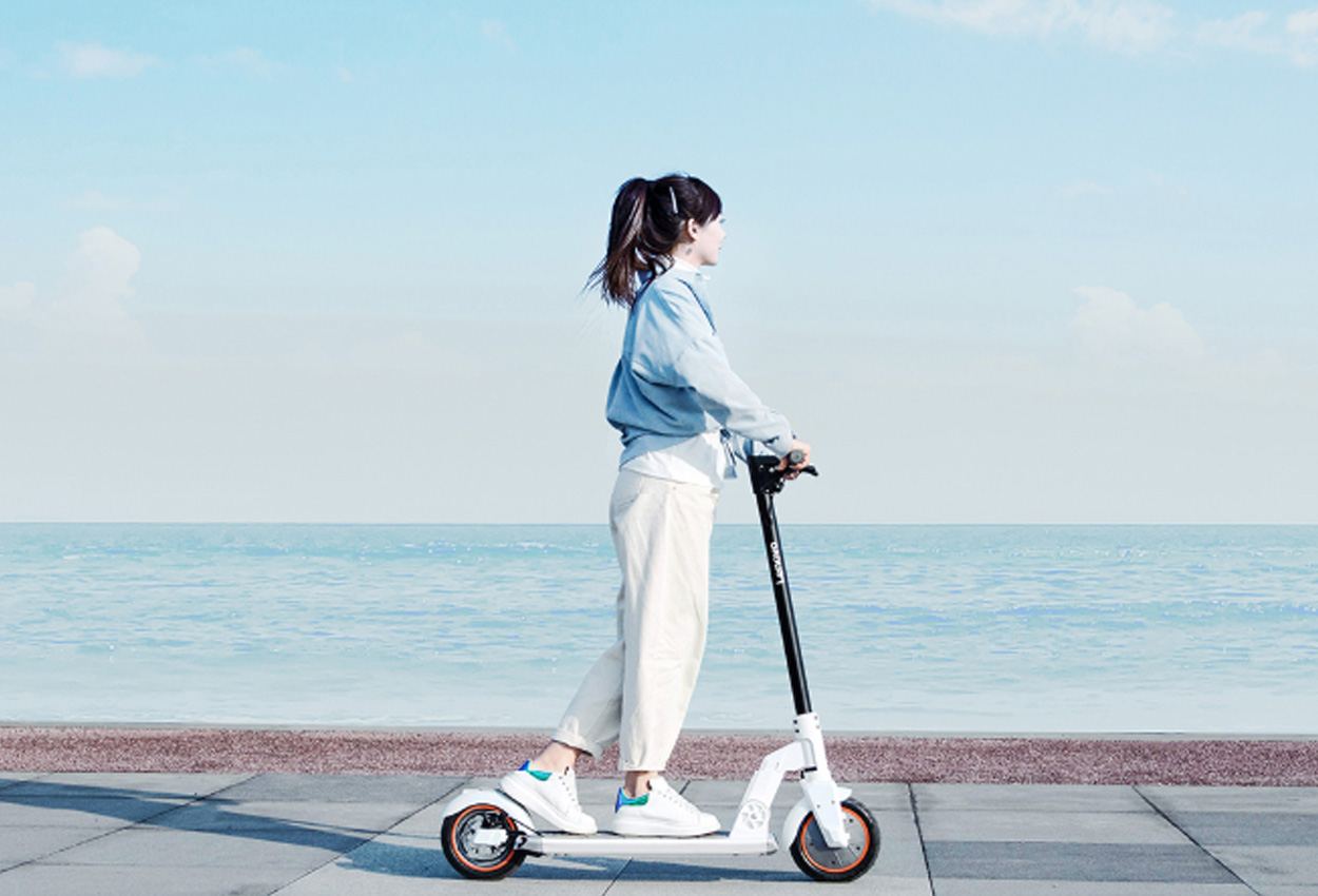 Lenovo M2 Electric Scooter Review: Better than Xiaomi?