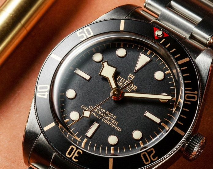 Why Watch Lovers Should Embrace Wearing Small Watches