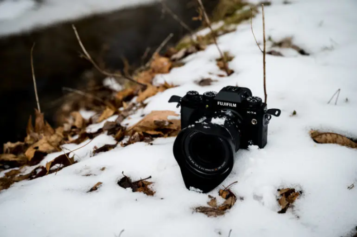 This Colorful Zoom Is a Tank: Fujifilm 10-24mm F4 R OIS WR Review