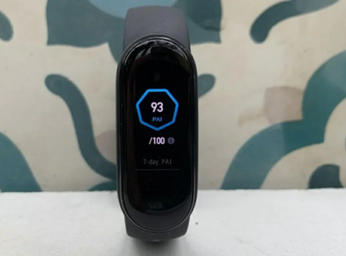 Xiaomi Mi Band 6 Design Could be Similar to Mi Band 5, Alleged Live Images Suggest