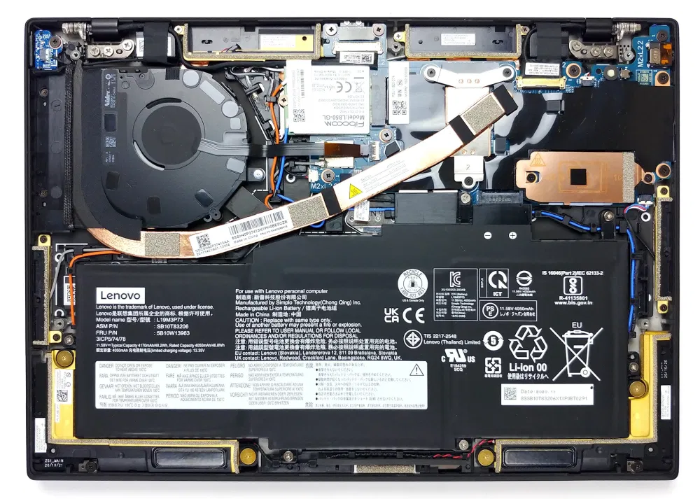 Inside Lenovo ThinkPad X1 Nano – disassembly and upgrade options