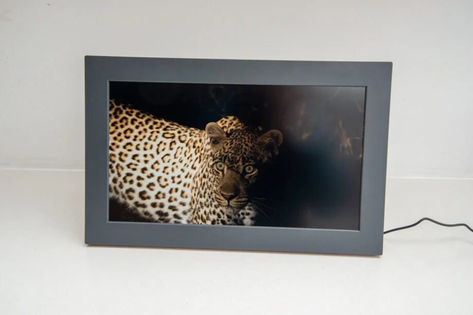 Netgear Meural WiFi Photo Frame Review