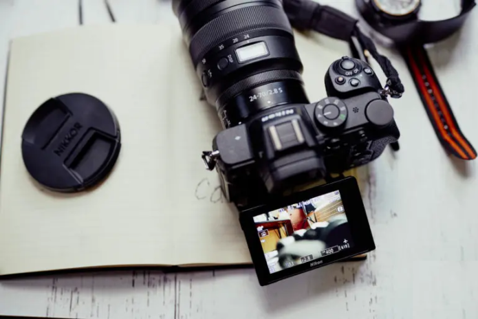 It's Possible to Hack Mirrorless Cameras Being Used as Webcams