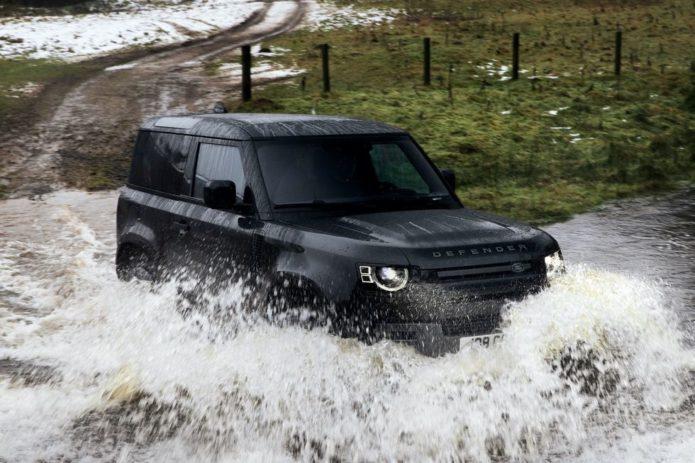 Land Rover Might Whip Up a Bronco Raptor-Fighting V8 Defender