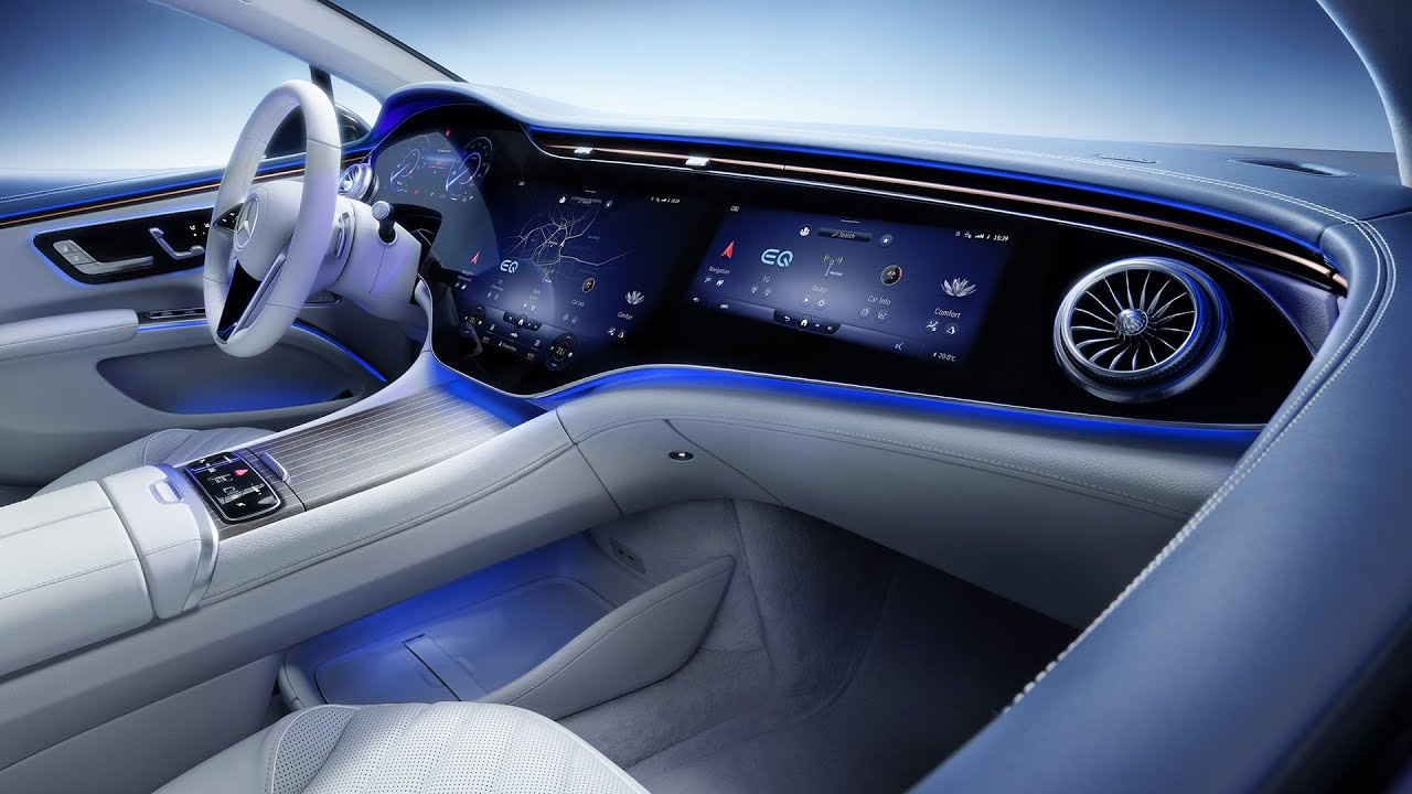 2022 Mercedes-Benz EQS Interior Aims for New Heights of Tech, Luxury