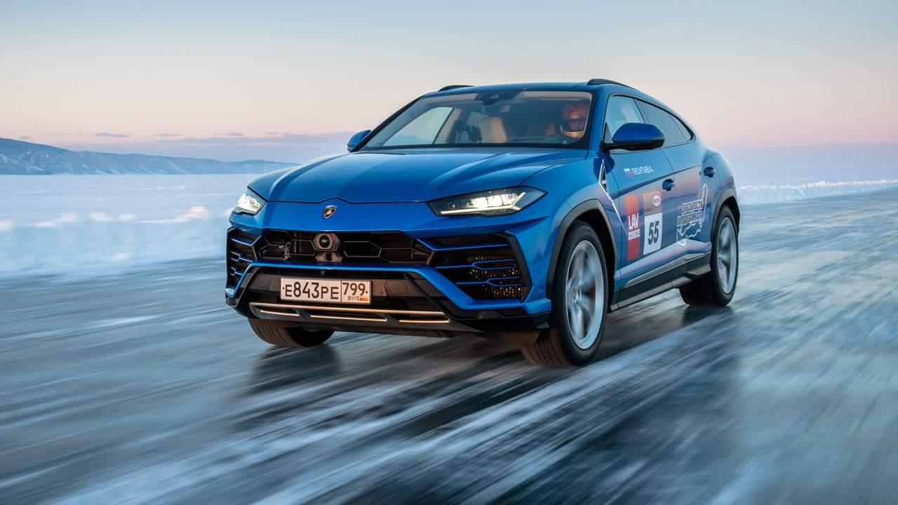 Lamborghini Urus grabs ice racing speed record