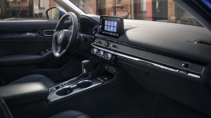 I can't stop looking at the 2022 Honda Civic's dashboard