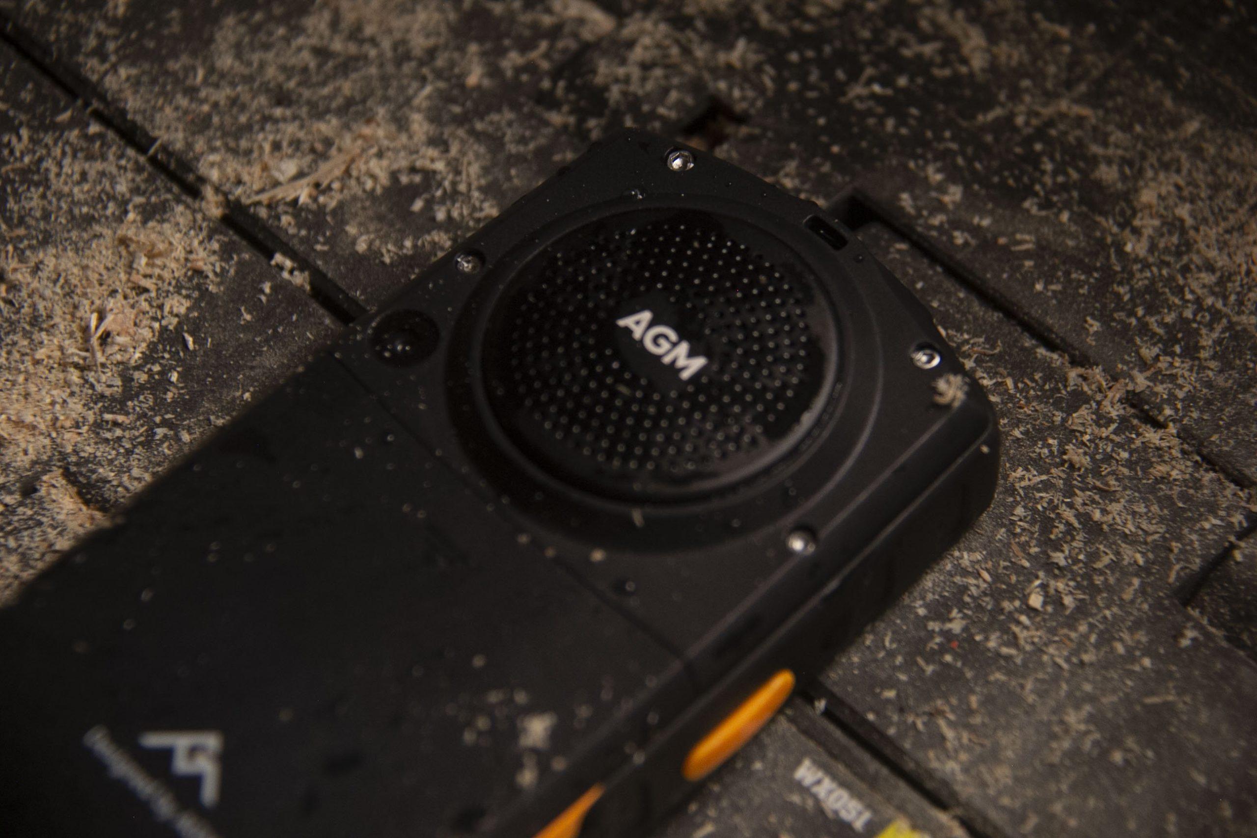 AGM M7 phone