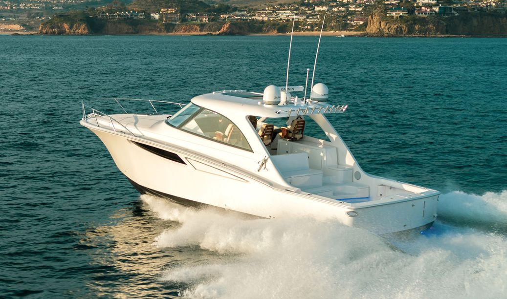 Mag Bay Yachts 42 Hardtop Boat Review