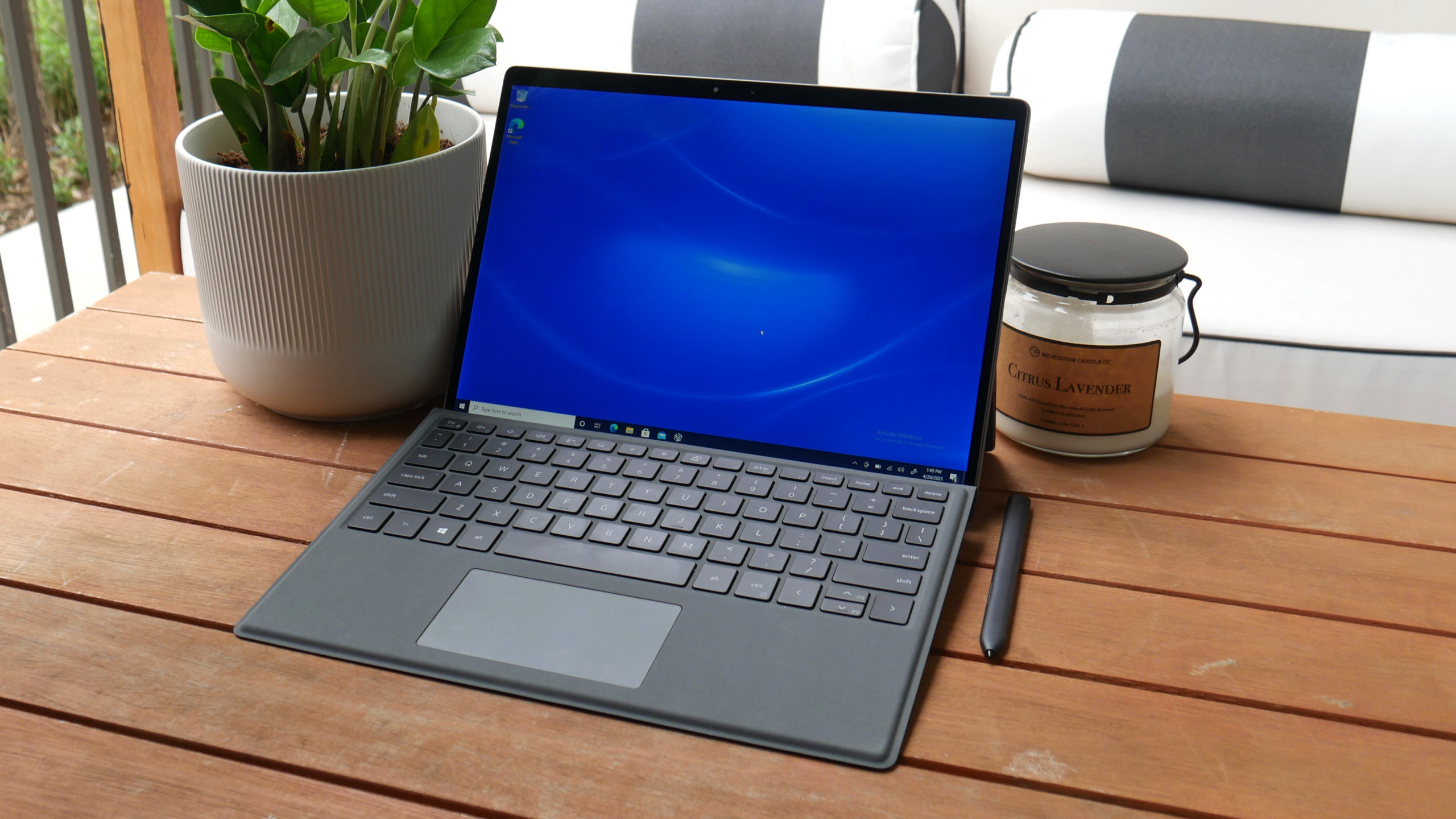 Dell Latitude 7320 Detachable review: Outclassing the Surface Pro