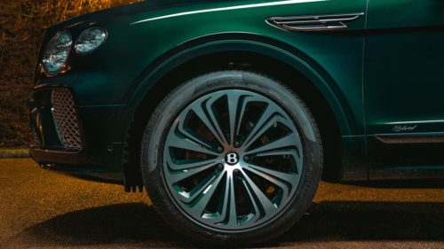 This one-off 2021 Bentley Bentayga Hybrid is as green as it gets
