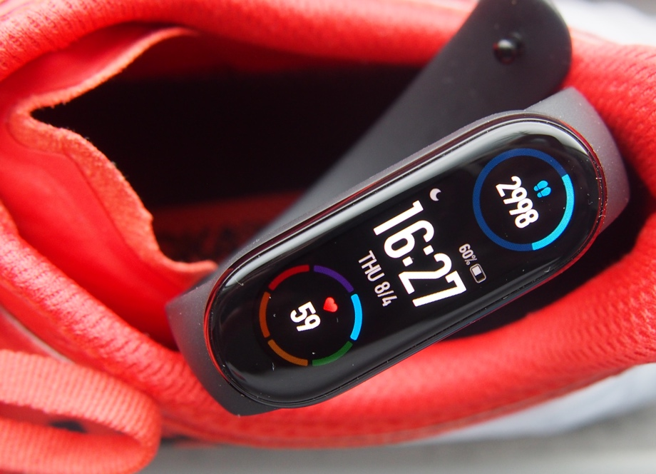 Xiaomi Mi Band 6 review: still the budget king – for now