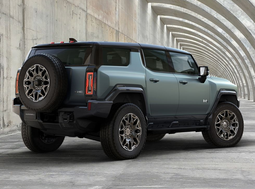 2024 GMC Hummer EV SUV Will Be on Sale in 2023 for $105,595