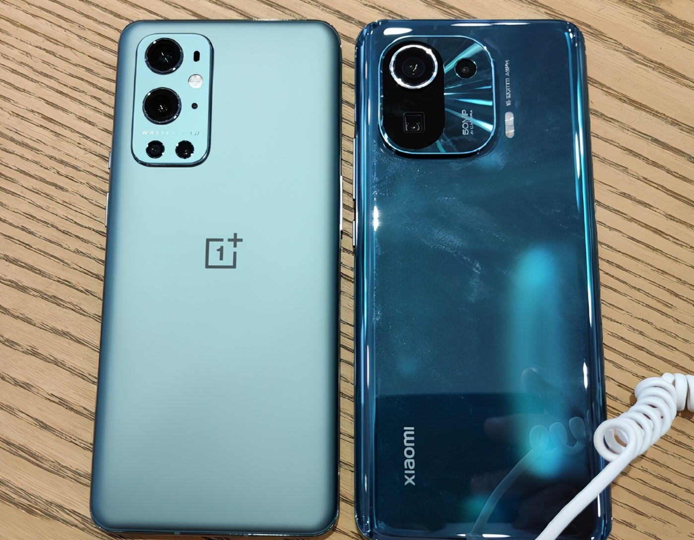 OnePlus 9 Pro VS Xiaomi Mi 11 Pro Quick Comparison: Which one is Beast?