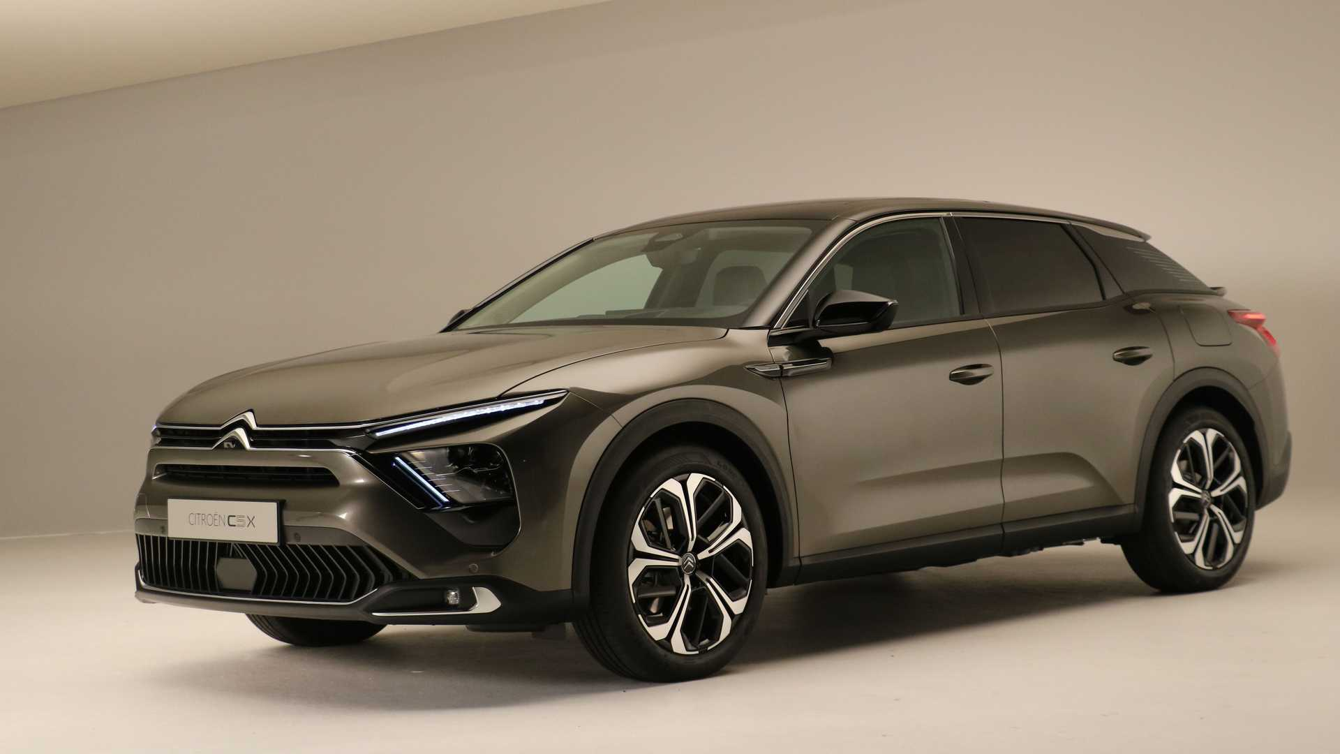 New Citroen C5 X Revealed As Part Sedan, Part Wagon, Part SUV