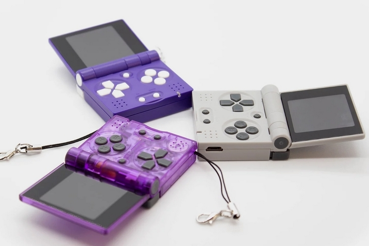 FunKey S Puts A Handheld Console With A Tiny 1.5-Inch Screen That Can Play PS1 Games On Your Keychain