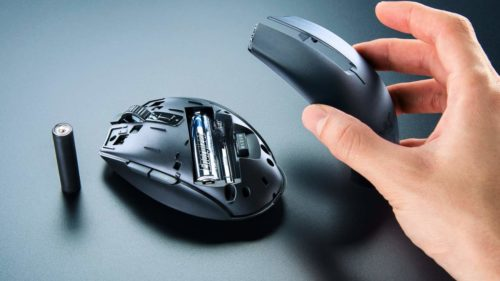 Razer Orochi V2 is a tiny, customizable mouse for notebooks