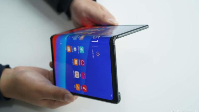 OPPO and Vivo foldable phones might finally debut this year