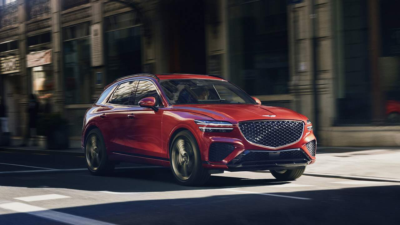 2022 Genesis GV70 undercuts luxury competitors in standard features and value