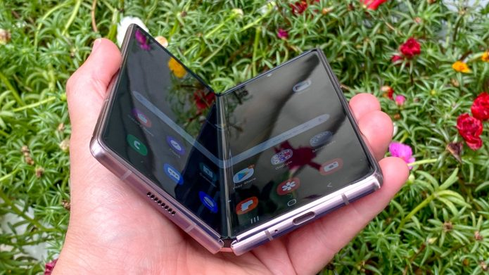 Best foldable phones of 2021