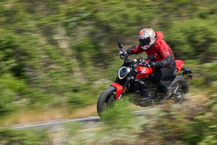 2021 Ducati Monster Review (15 Fast Facts From San Francisco)