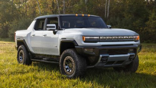 2022 GMC Hummer EV Pickup Allegedly Weighs 9,046 Pounds