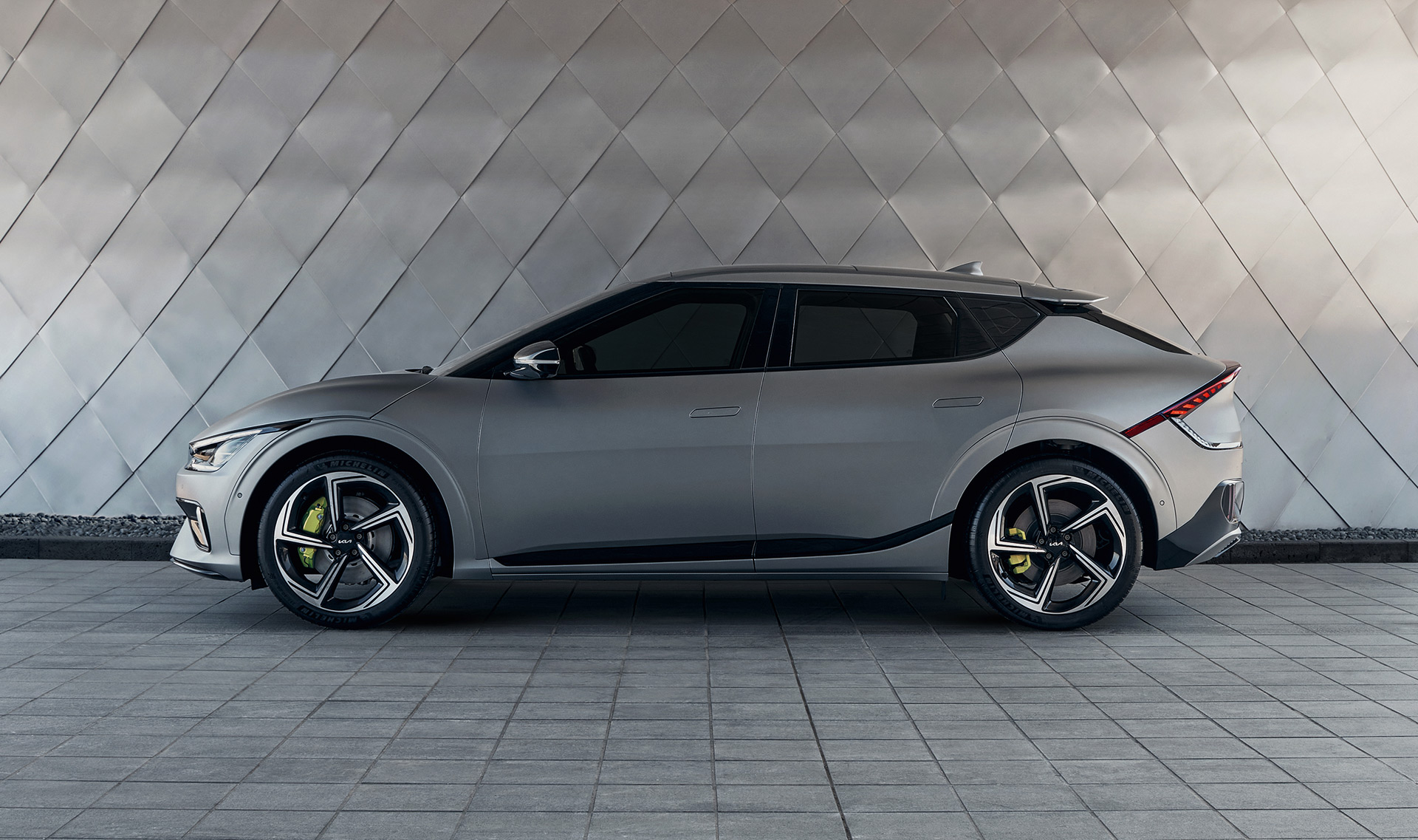 2022 Kia EV6 US Debut Includes First Edition Model, 576 HP For GT