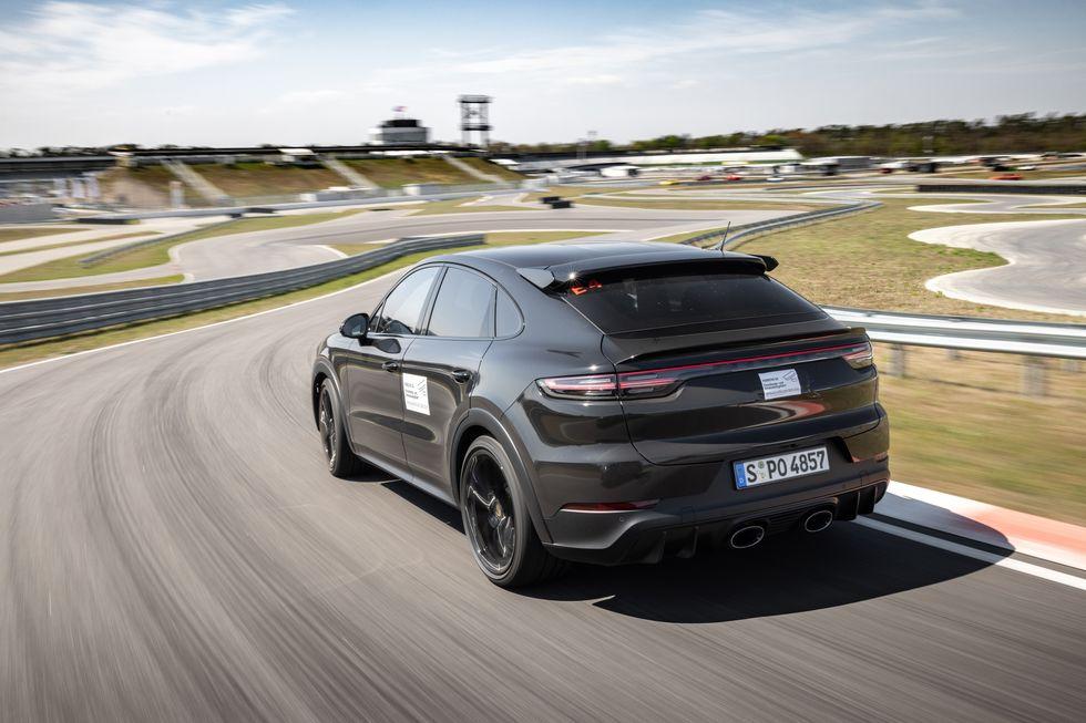 2022 Porsche Cayenne Turbo Coupe Prototype: Heavy Artillery