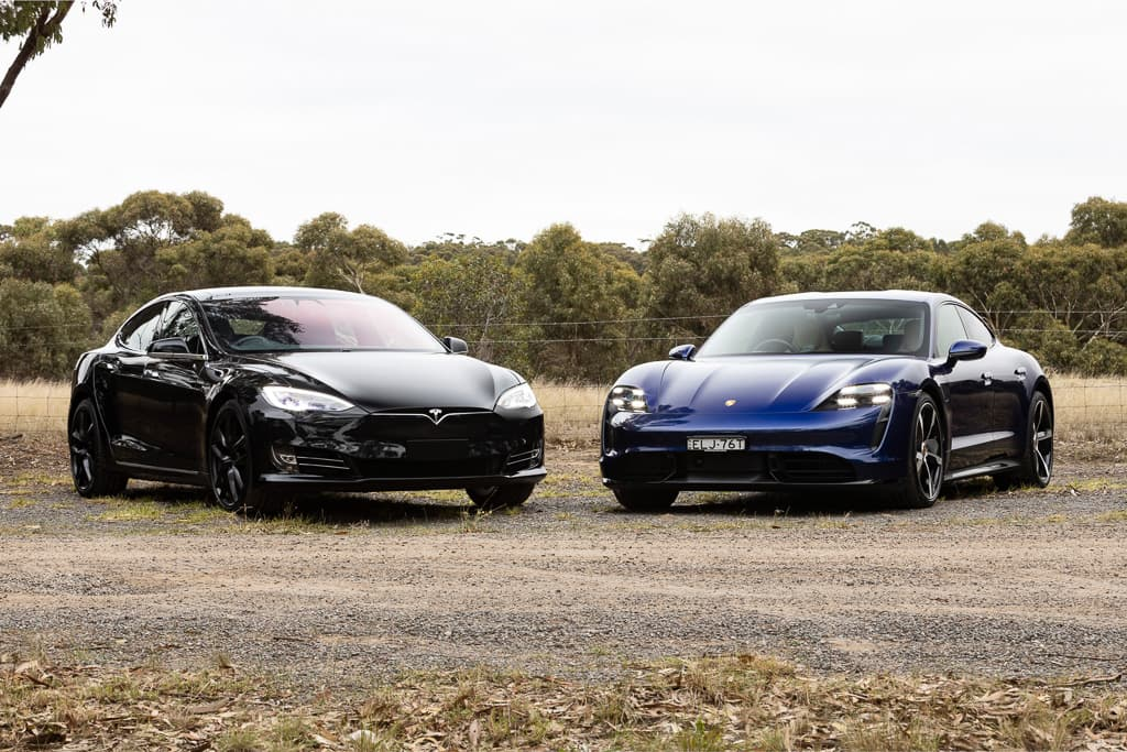 2021 Porsche Taycan Turbo v Tesla Model S P100D Comparison