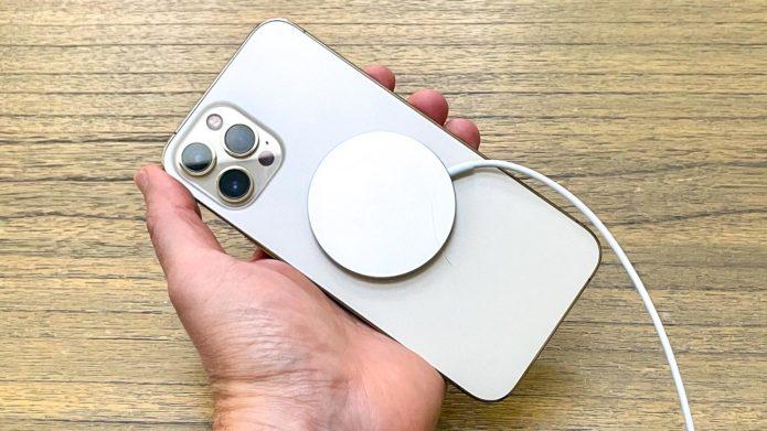 iPhone 13 — 5 big upgrades it needs to beat Samsung Galaxy S21