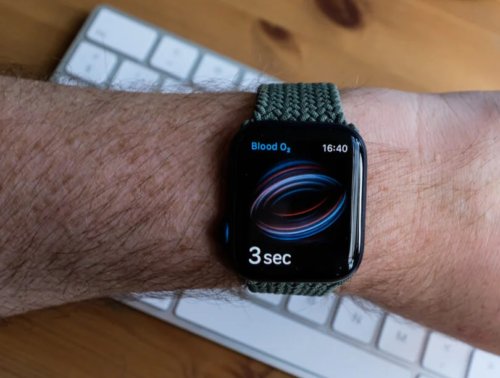 Apple Watch 7 could get blood glucose monitor