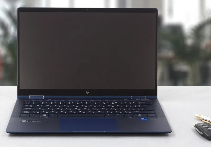HP Elite Dragonfly G2 review – extremely light convertible which has all it takes when it comes to security