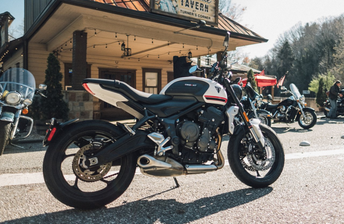 2021 Triumph Trident Review – First Ride